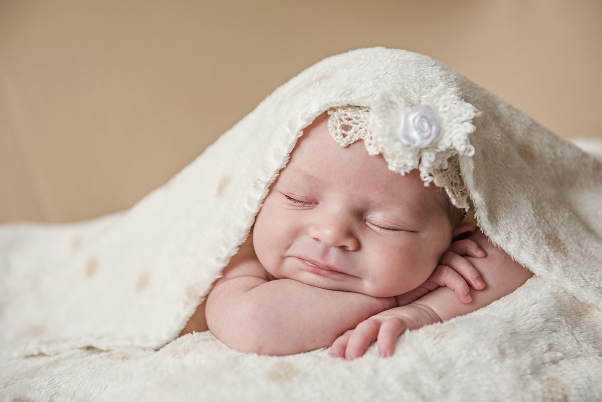 Картинка с новорожденными малышами