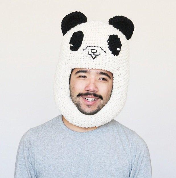 картинки шапки с пандами она была