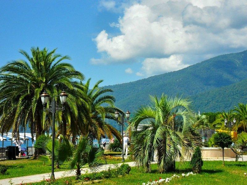 Абхазия в апреле погода отзывы