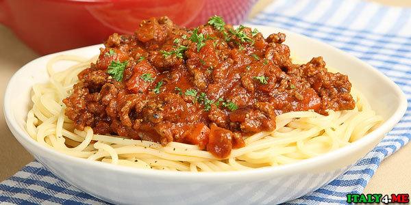 Спагетти болоньезе с соусом долмио