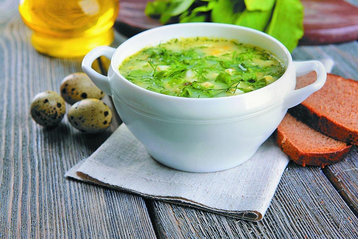 Рецепт супа из щавеля, как правило, содержит не много компонентов и прост в исполнении.