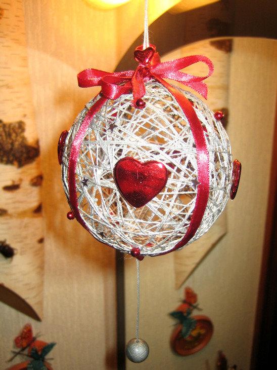 существовать дальше украшентя из ниток на новый год храму Послание