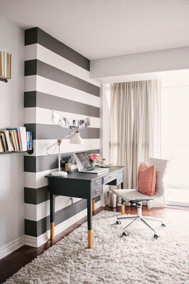 Дизайн домашнего кабинета - Светлые тона и полосата стена