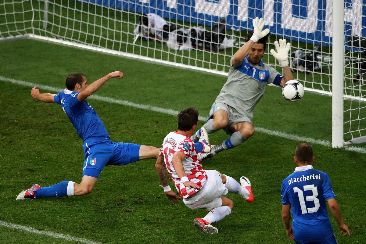 Фото с футбольного матча
