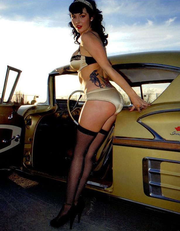 Full throttle saloon women nude