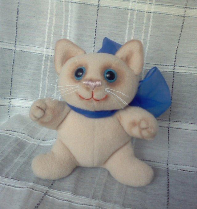 Выкройки мягких — игрушек котов всех мастей и размеров. Выкройки мягких - игрушек котов всех мастей и размеров.