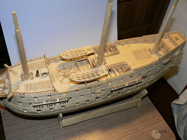 Как сделать корабль из спичек поэтапно