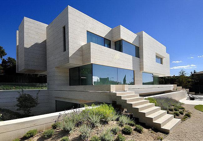 Современные тенденции в архитектуре | ARPLANS Когда речь заходит об архитектуре современной, сразу возникает вопрос, как она меняет уже сформировавшийся облик городов. Многие архитекторы и дизайнеры ...