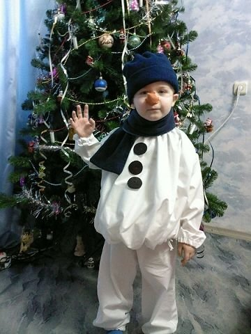 Картинки по запросу снеговик костюм своими руками