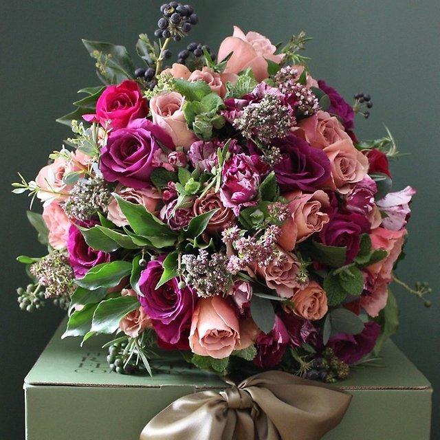 Зимний букет цветов на день рождения