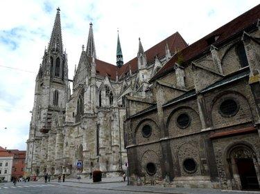 готический собор в регенсбурге