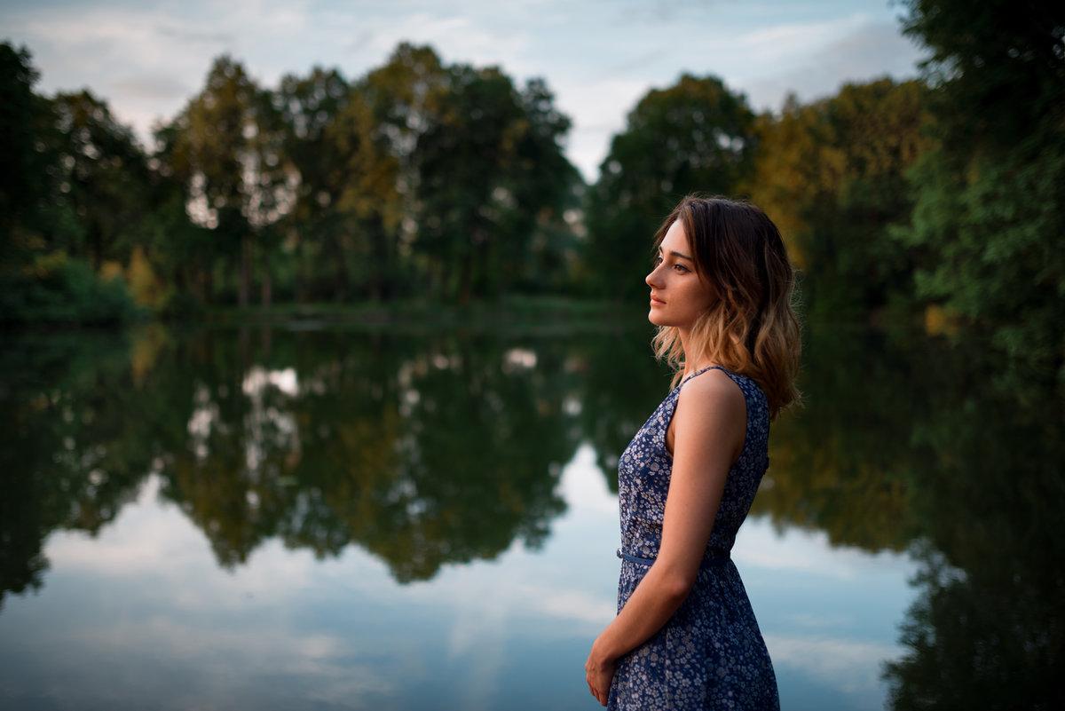 как правильно фотографировать людей на природе лишними