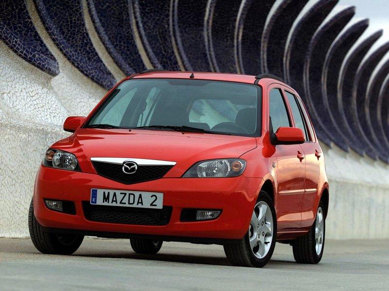 Mazda 2 (DY)
