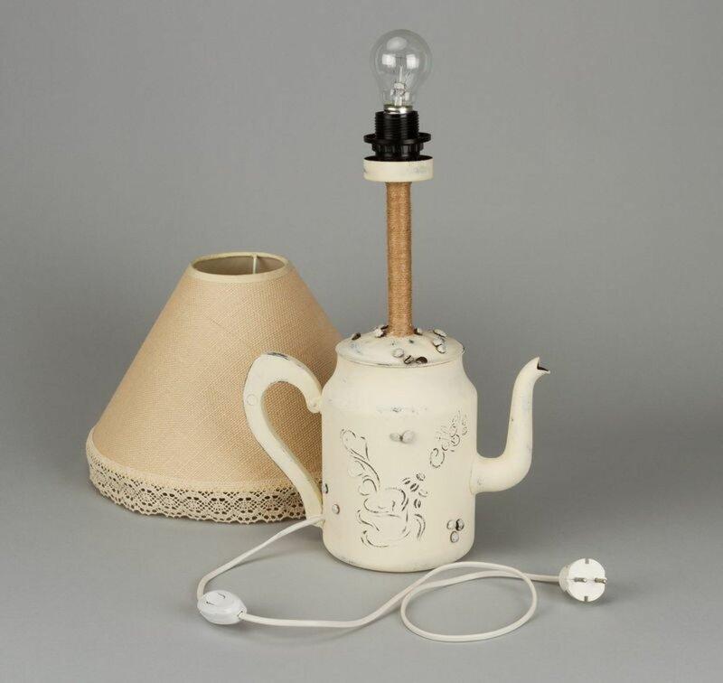 Оригинальный светильник в стиле шебби-шик