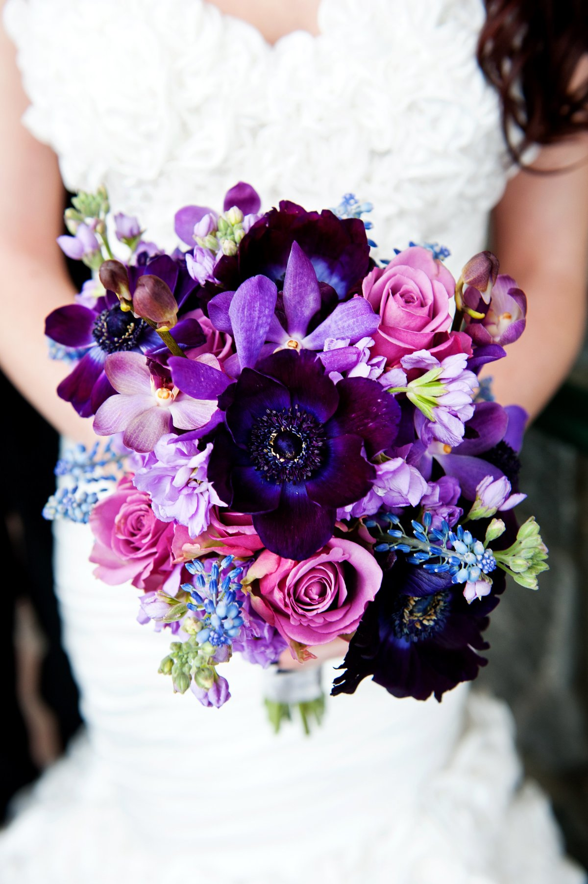 Заказ доставкой, свадебный фиолетовый букетик