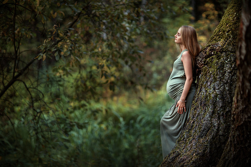 девушки в лесу фото