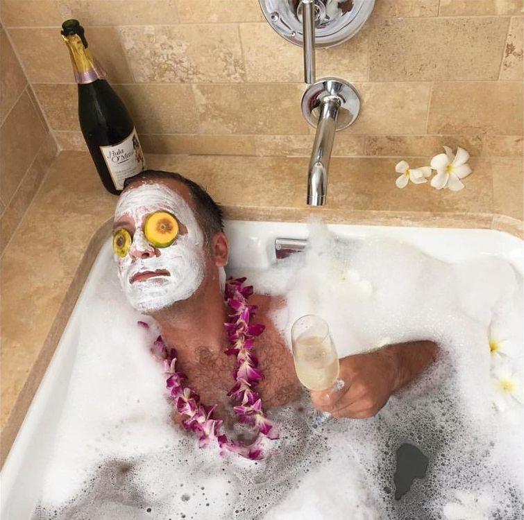 Смешная картинка в ванной