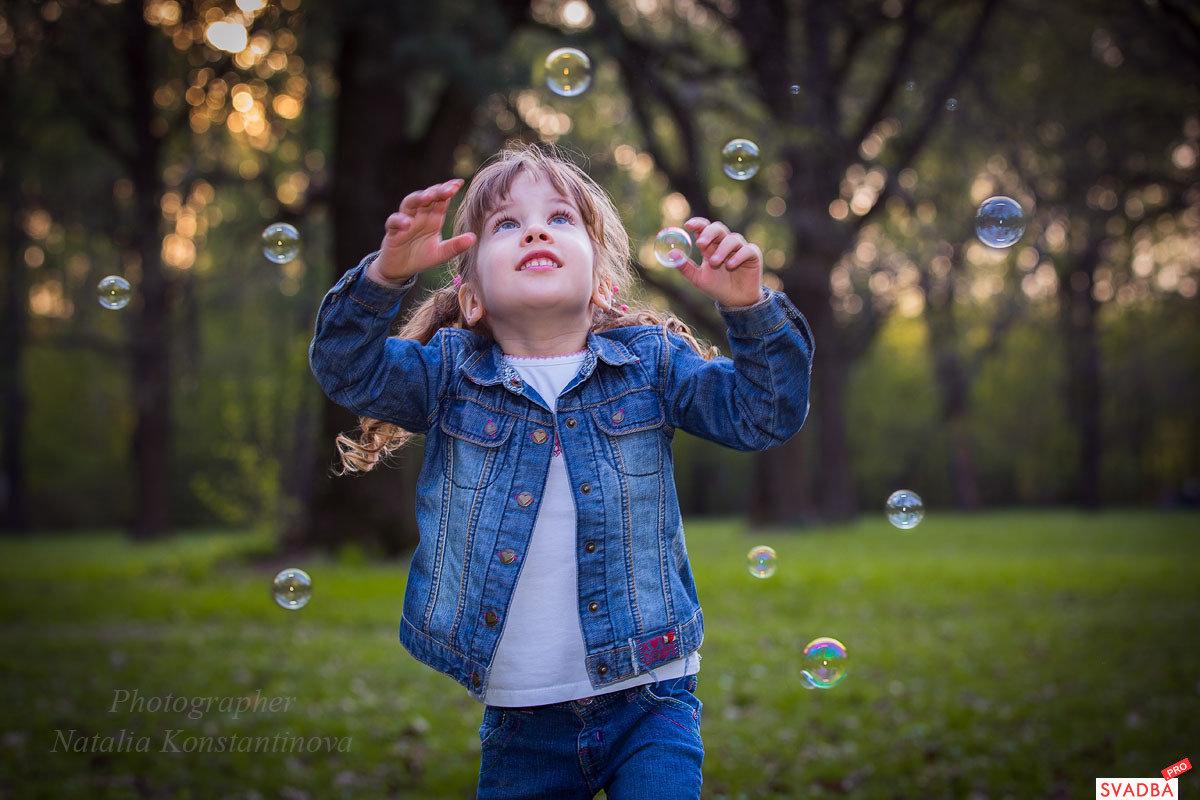 фото с мыльными пузырями на улице идеи данных снимков