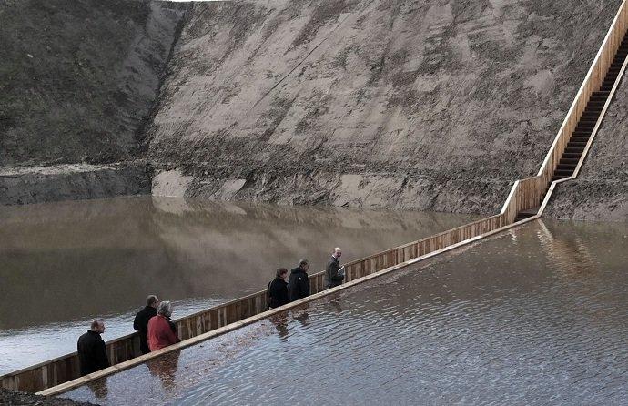 Фотоподборка из необычных мостов - шедевров архитектурной мысли, которые захватывают дух и воображение.