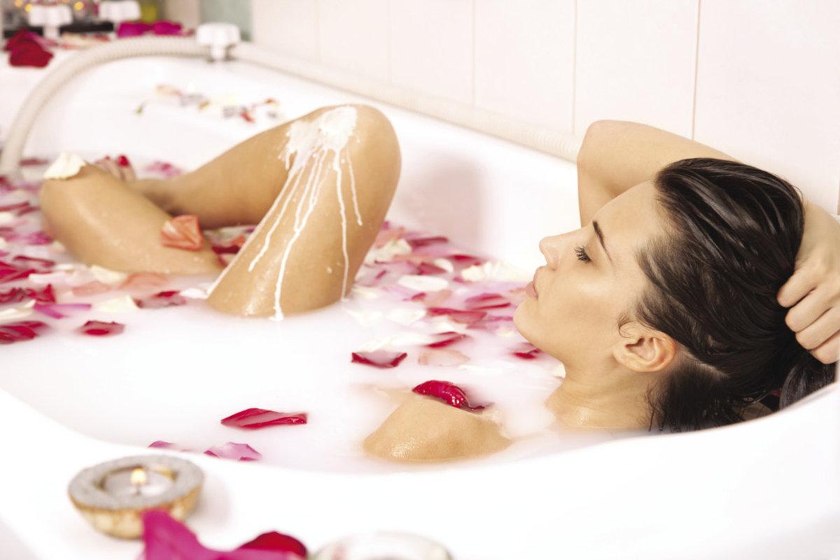Сексуально писает в ванной, Писает В Ванной (найдено 59 порно видео роликов) 11 фотография