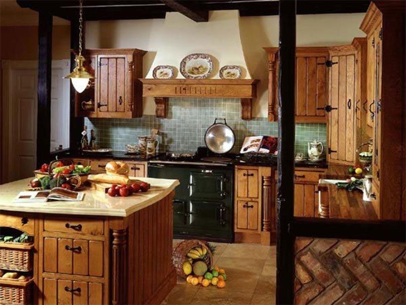 Наличие красного перца и чеснока в связке очень хорошо будут смотреться в помещении.