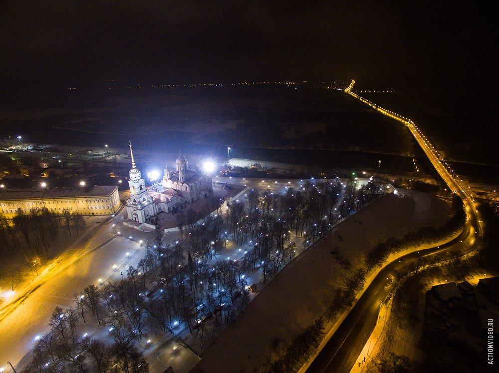 проводит город владимир ночью фото длинный