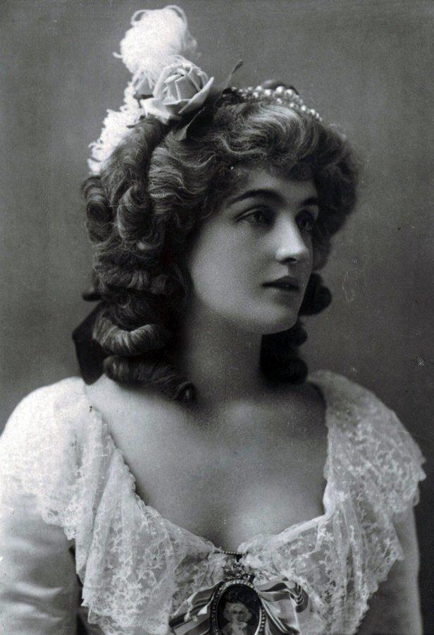 Смешные, красивые женщины 19 века фото