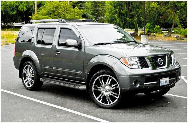 Обзор джипов Ниссан: фото и цены. В модельном ряду внедорожников Nissan стоит отметить самый большой и премиальный Ниссан Patrol, брутальный Pathfinder и легендарную разработку - X-Terra.
