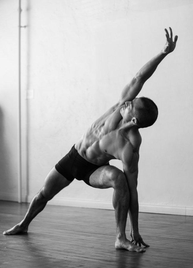 В этом посте снимки мужчин, чьи тела можно разглядывать часами... И нетолько девочкам.