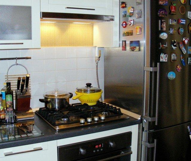 можно ли ставить холодильник с газовой трубой ваш эмейл
