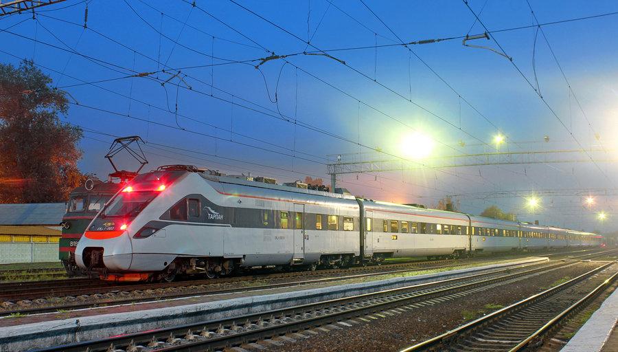 поезда картинки фото пассажирские когда снова