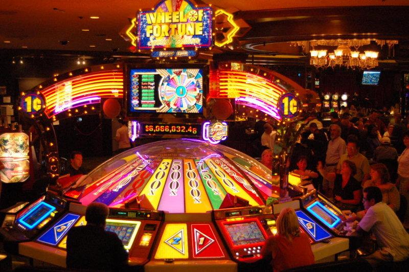 сон выиграл деньги в казино