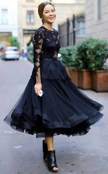 Платье с юбкой по икры