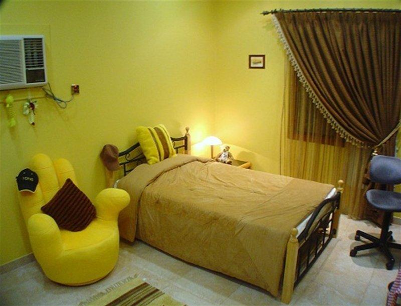 желтые обои для комнаты фото 48501