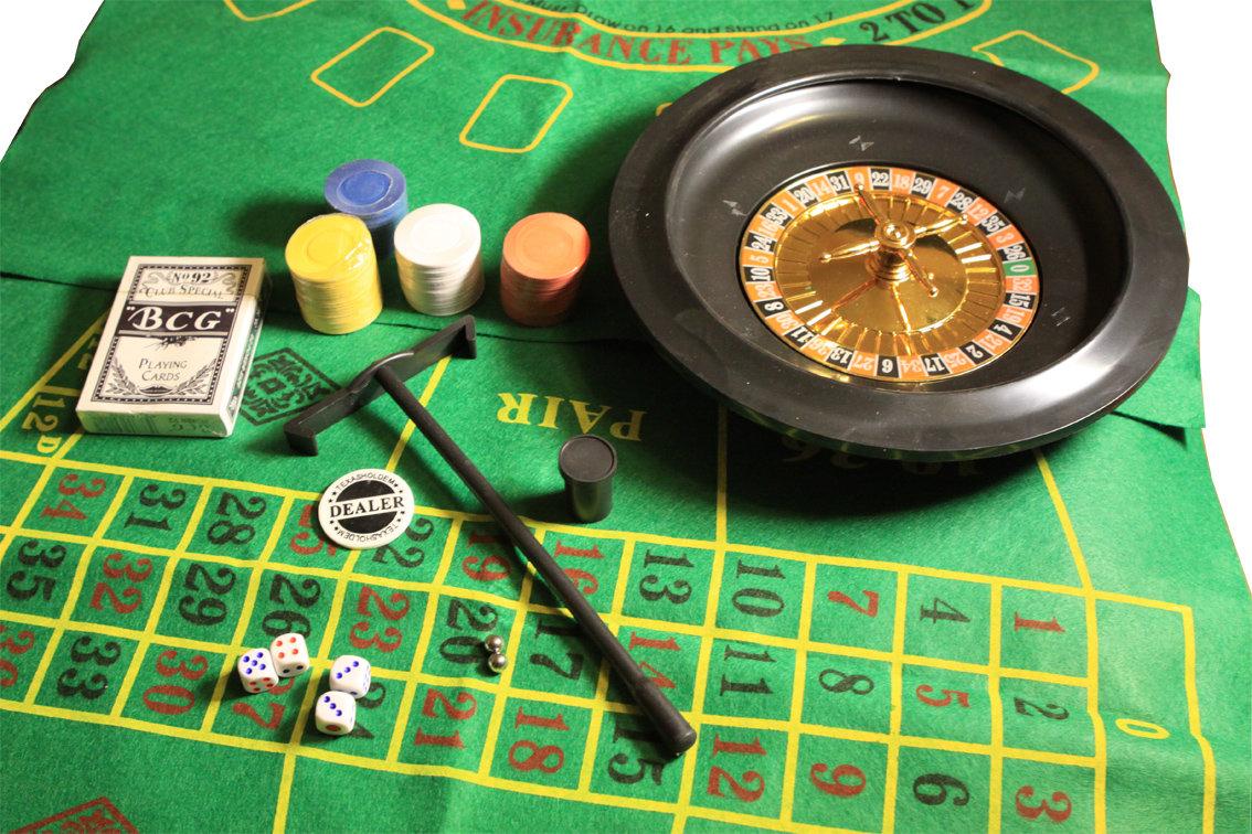 Посоветуйте настольные азартные игры для компании, видеоролик за щекой кончил