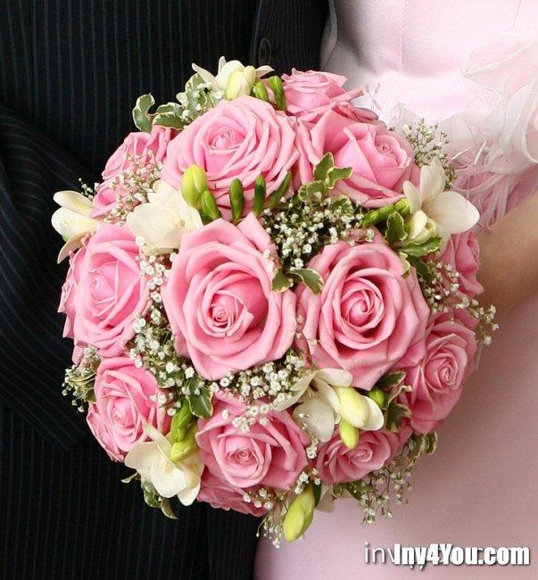 Мира, букет из роз круглый фото