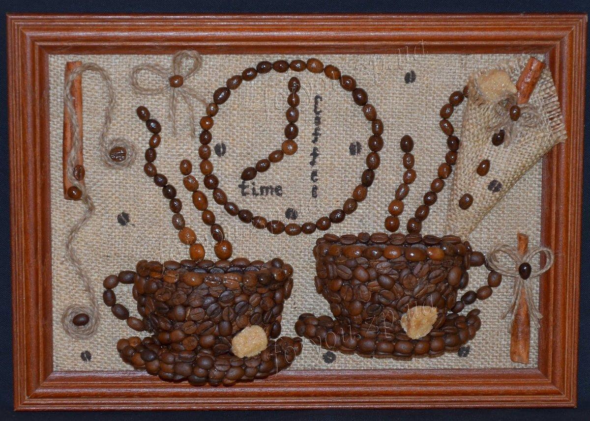 постер из кофейных зерен подобранная мебель