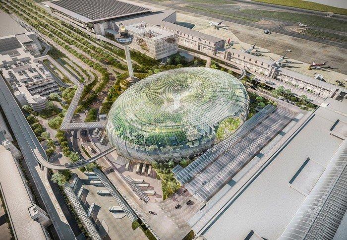 Новый терминал Jewel Changi Airport в Сингапуре