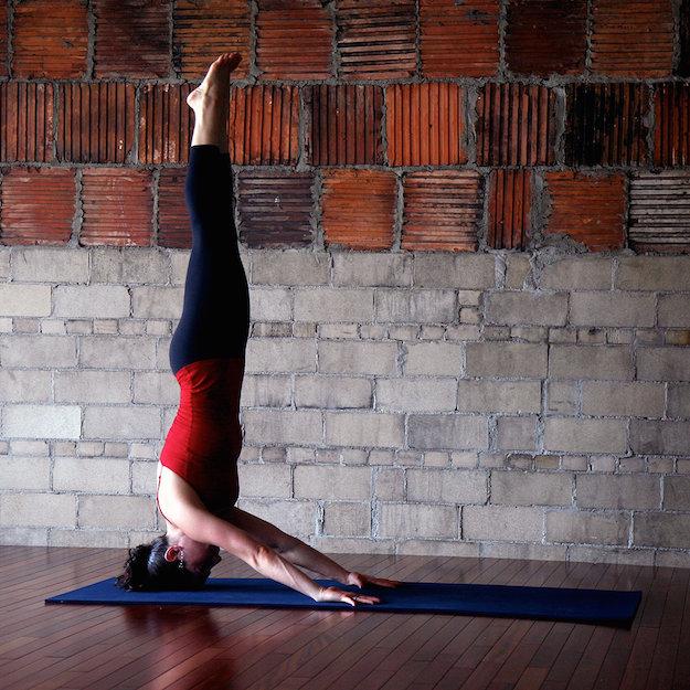 balancing poses yoga posesasanaspostures yoga basics