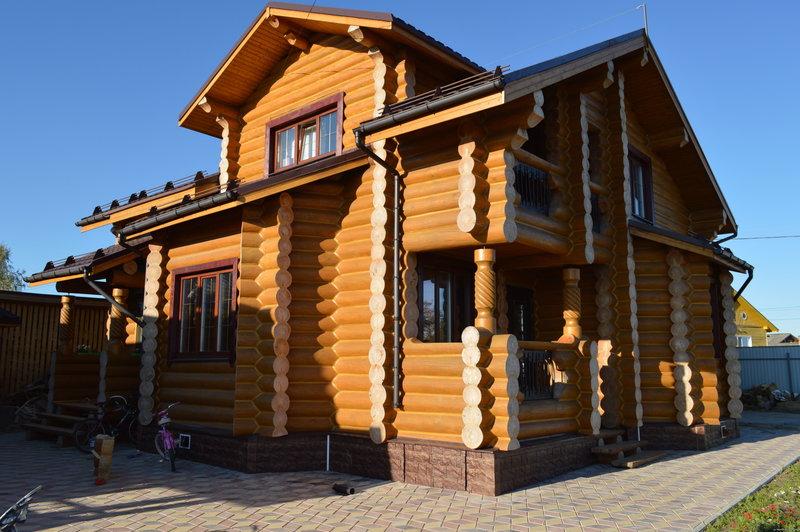 Деревянное домостроение - вид сбоку