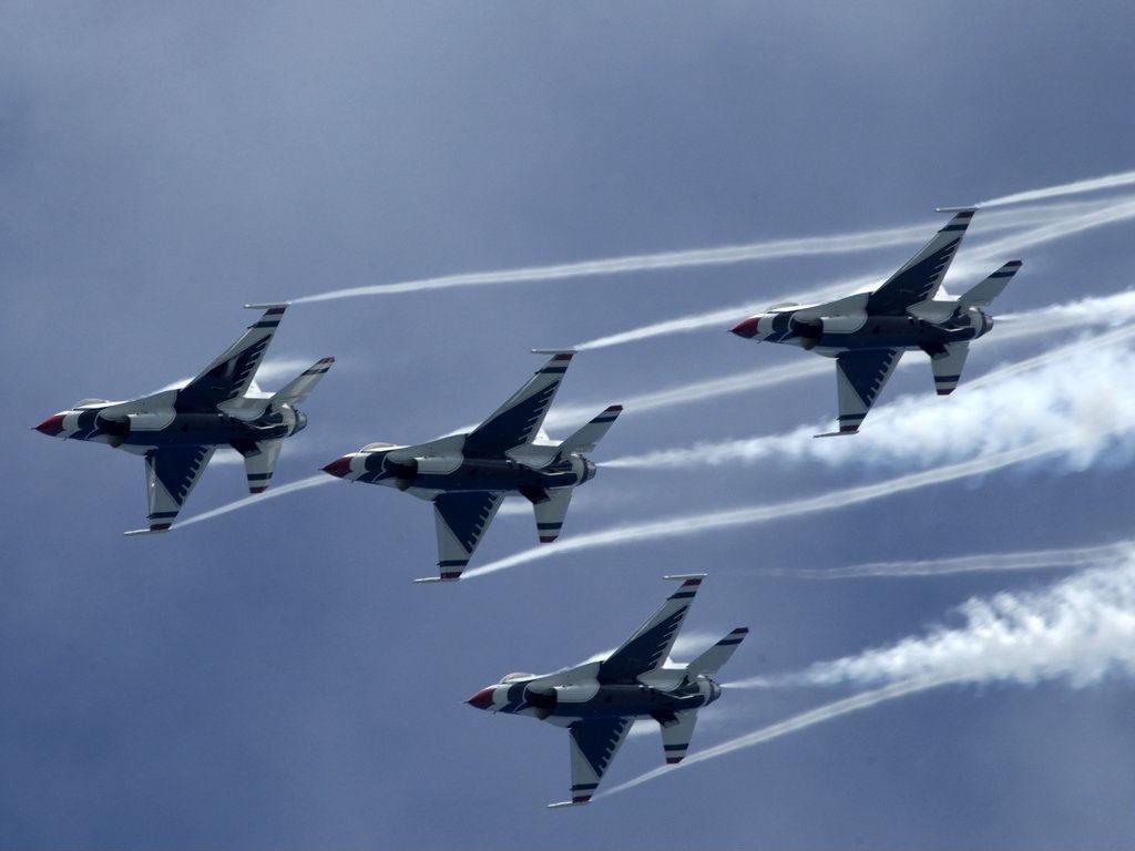 фрид признался, фотографии боевых самолетов в воздухе приборы