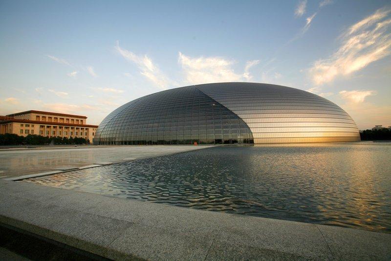 Национальный театр исполнительских искусств или Национальный театр оперы в Пекине.