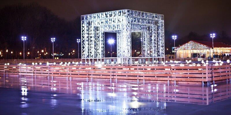 Одно из самых любимых, доступных зимних развлечений – это катание на коньках. В этом году в Москве будет открыто рекордное количество катков.