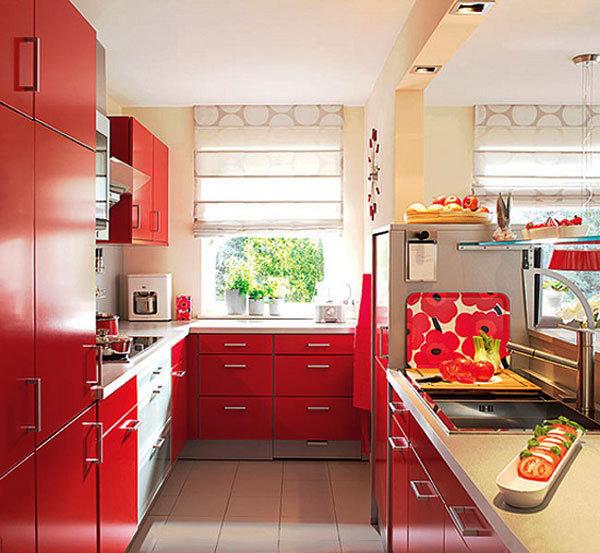 Фотография интерьера красной кухни