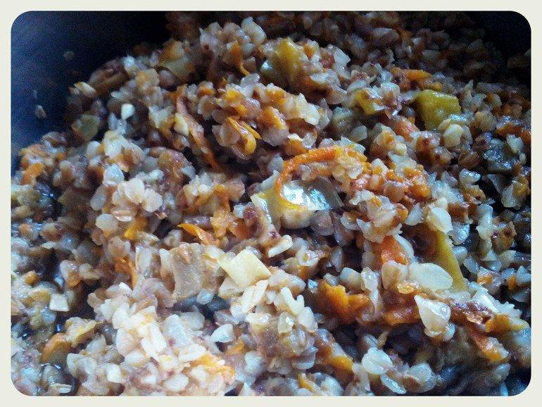 Если рис используется в качестве гарнира, то лучше всего для этого дела не брать шлифованный или круглый рис.