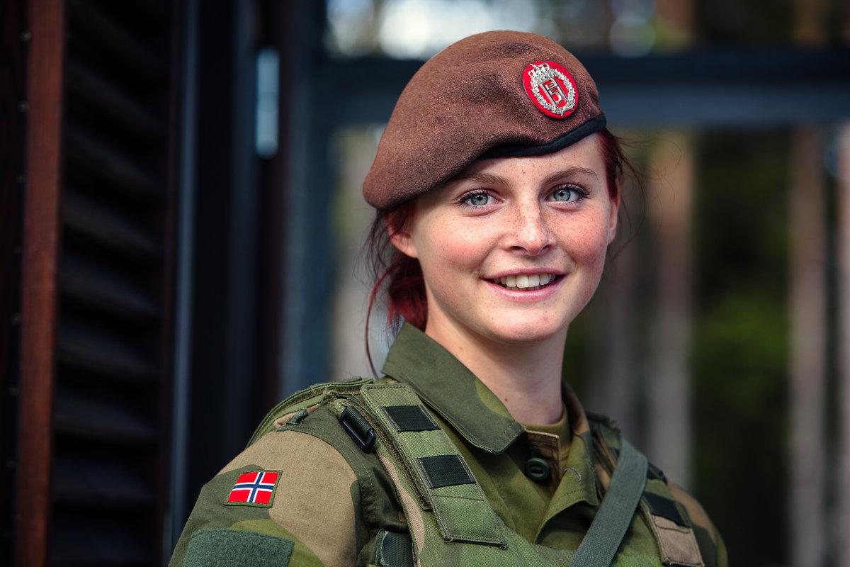 Подарить, красивые военные фото