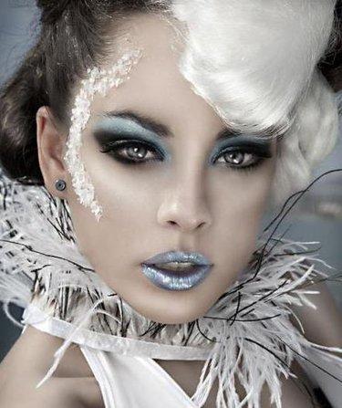 Сексуальный макияж снегурочки