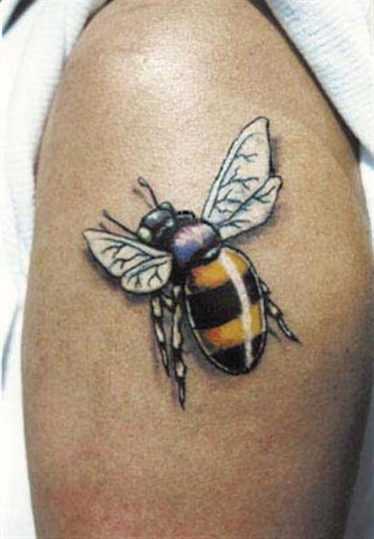 фотографии татуировок пчелы вашему вниманию подборку
