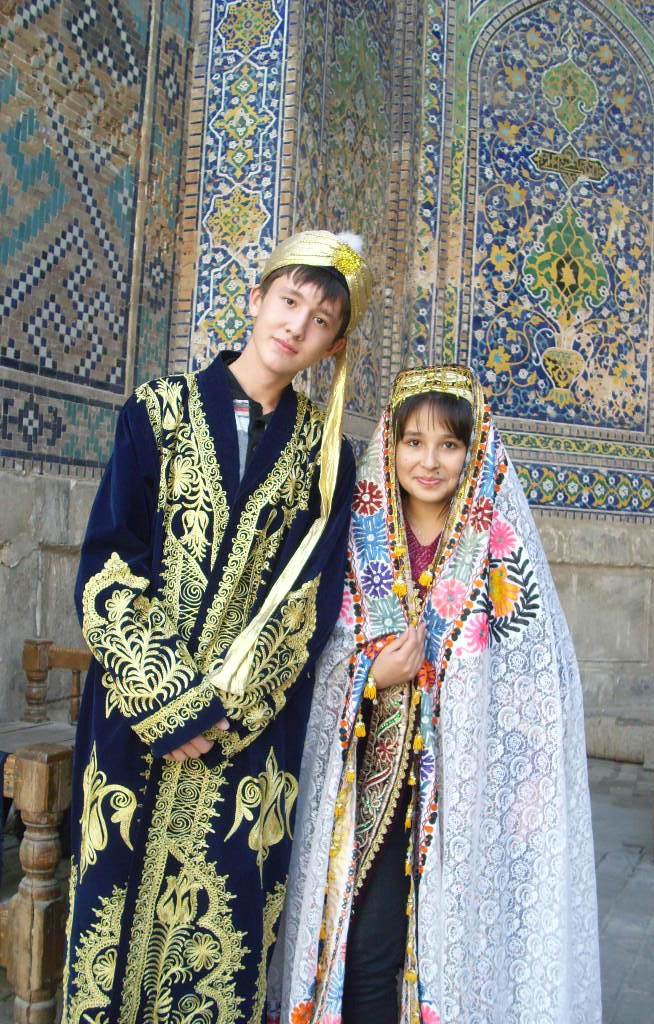 узбекский костюм национальный фото