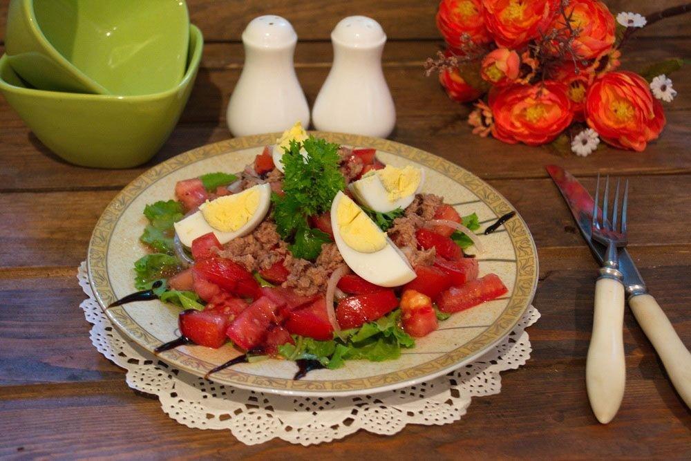 салат с картофелем с тунцом консервированным рецепт